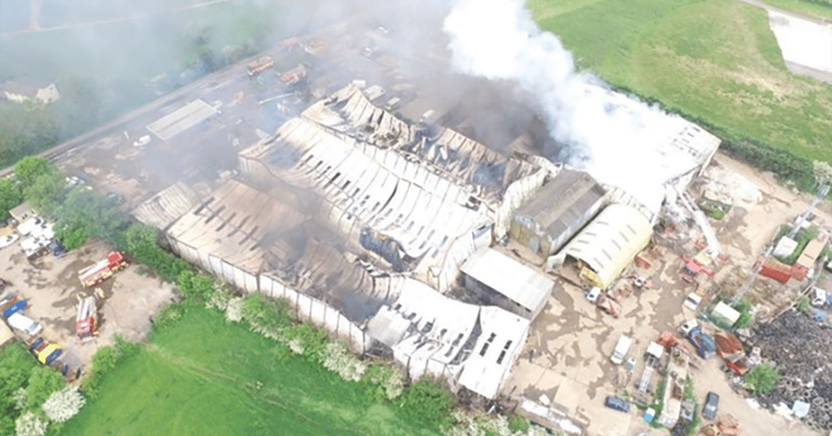 Fire at Industrial estate bedfordshire